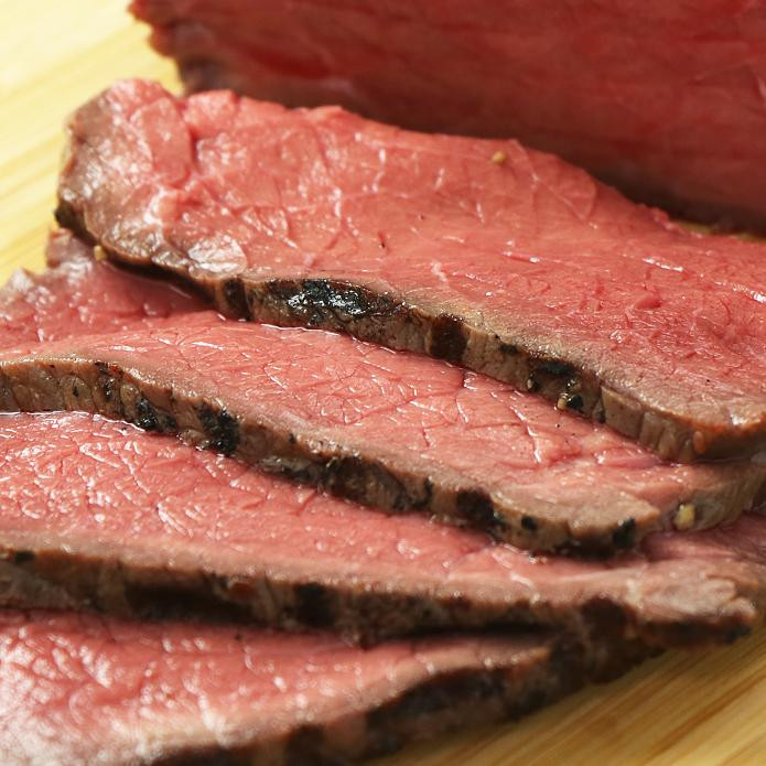牧草牛 ローストビーフ 約250g 3~4人前 特製ソース付き 無添加/保存料不使用 ニュージーランド産グラスフェッドビーフ
