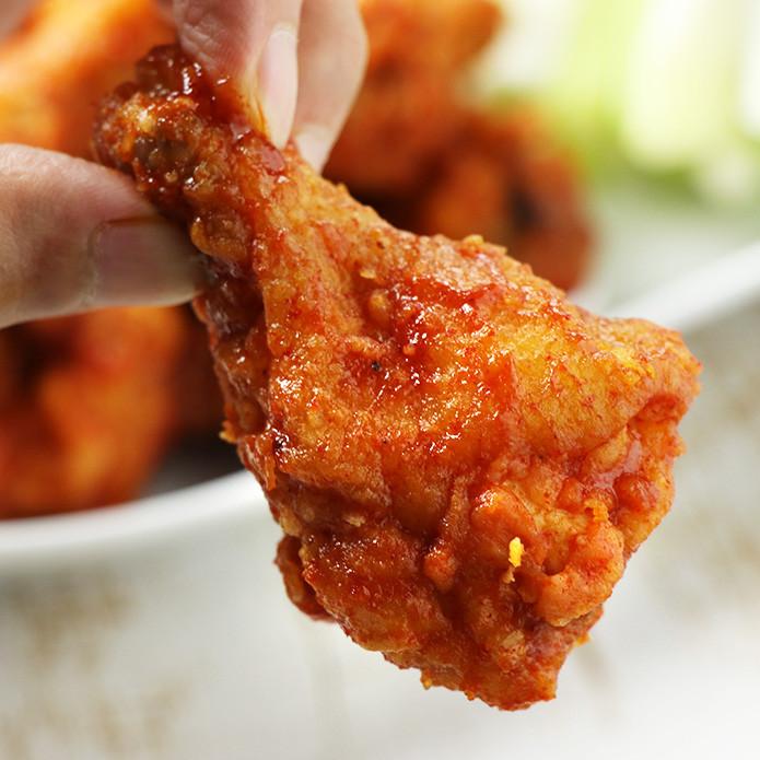 バッファローウィング 1kgセット ~錦爽鶏(きんそうどり)の手羽元とオリジナルウィングソース~