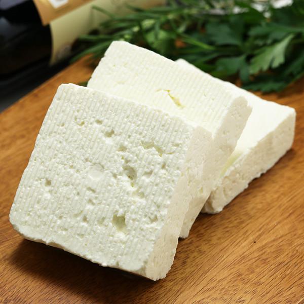 トルコ産 ホワイトチーズ スライス (ベヤズ・ペイニル) 420g