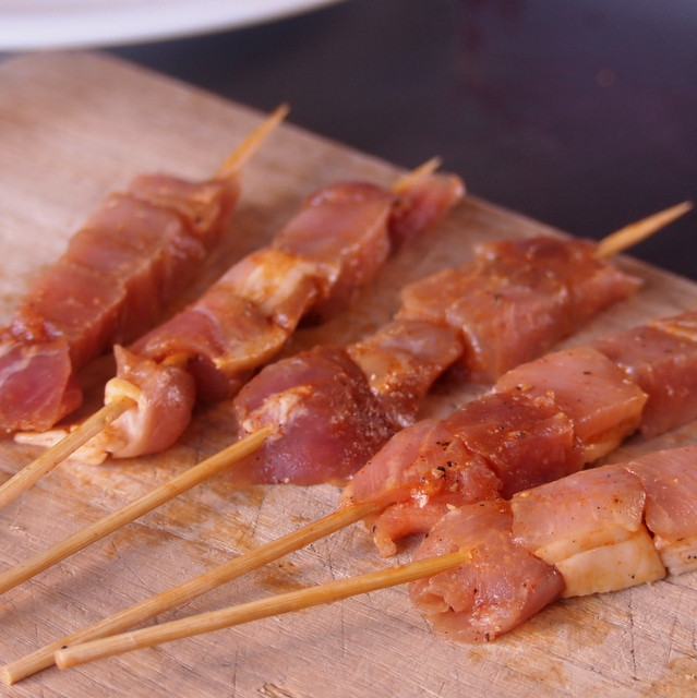 Spiced Pork Cubes (150g + 10 Skewer Sticks)