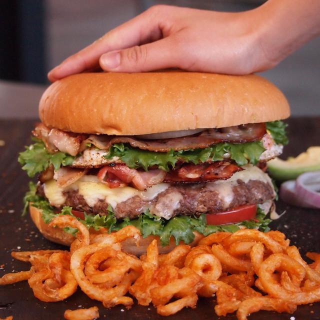 The One Pounder Ridiculous Burger (Patty+Bun Set)